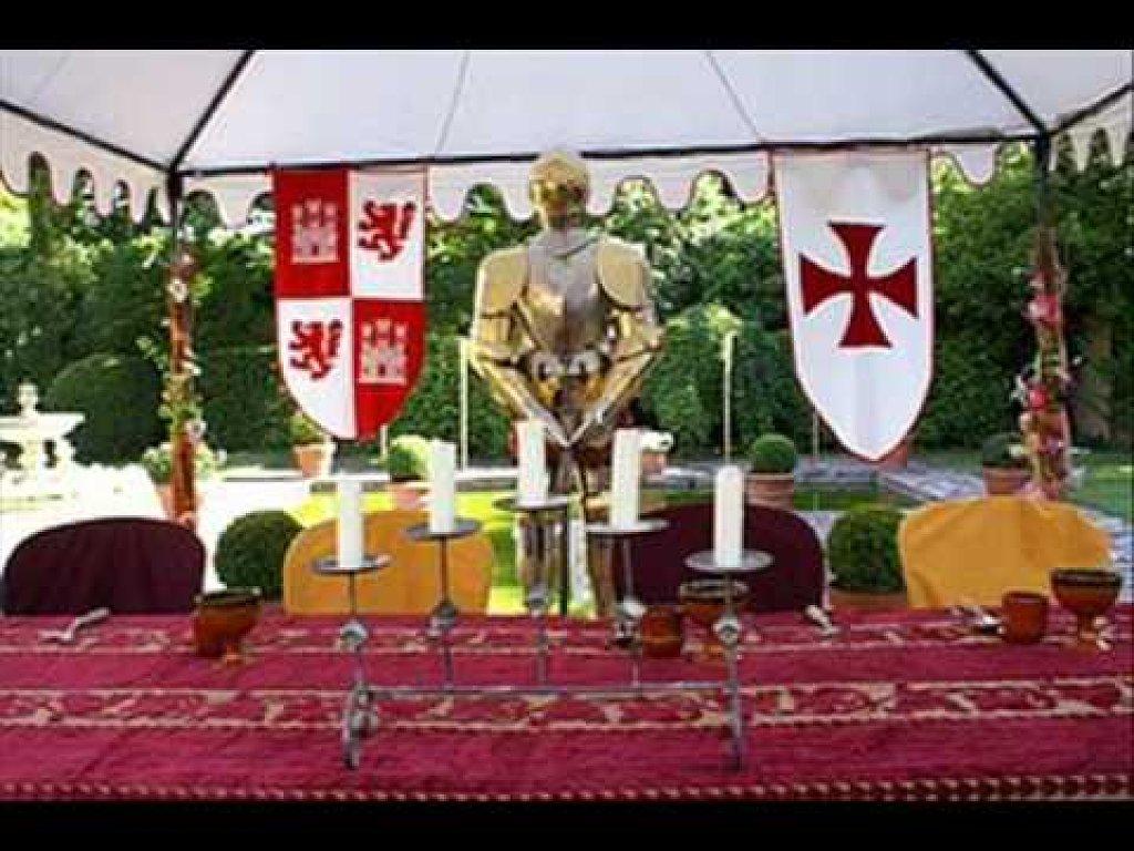 La perfecta prometida mes boda juego de tronos for Decoracion con figuras en la pared