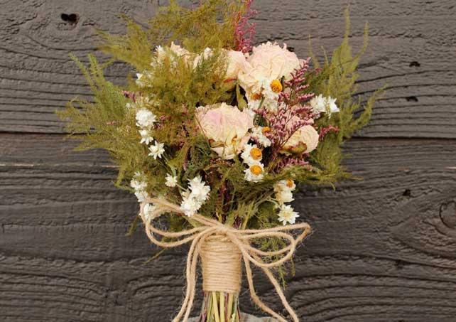 La Perfecta Prometida | Bodas temáticas: ramos de flores invernales ...