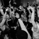 ¿Grupo o DJ para el baile?
